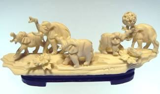 BONE ELEPHANTS JUNGLE (9605)