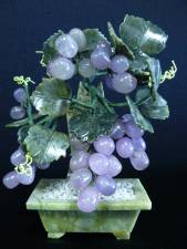 JADE Grapes Tree, 8 inch tall, Price = $ 34.99 + S/H. SIZE: H: 8in, D: 4in, W: 6in.