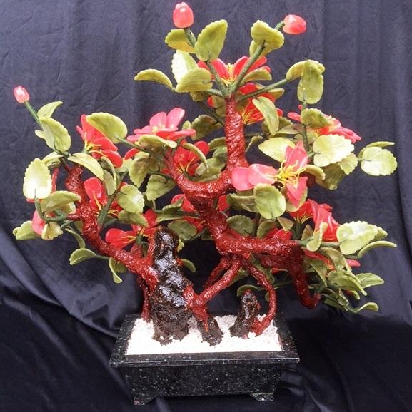 JADE Camellia Flower F567