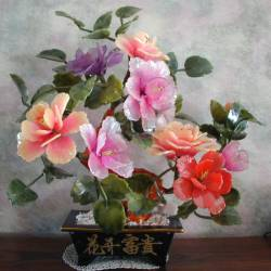 JADE FLOWER (201-8B)  Price = $ 99.99 + S/H. SIZE: H: 16in, D: 8in, W: 13in.