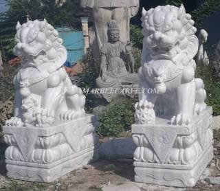 Fu Dog Statue