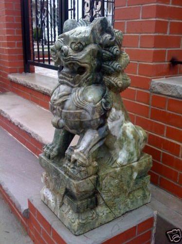 foo dogs Statues