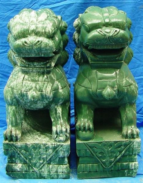 jade foo dog Statue
