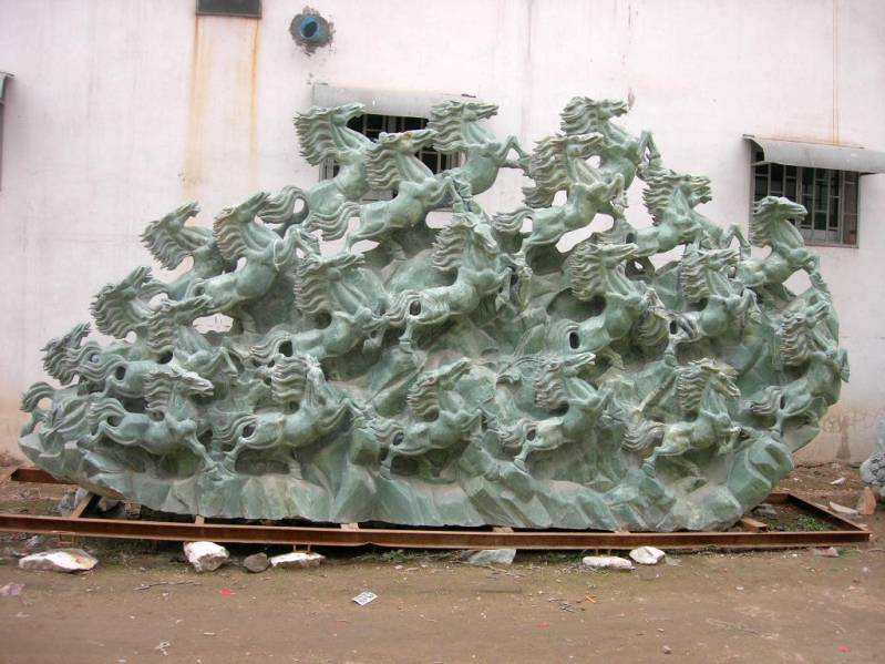 jade horses carving