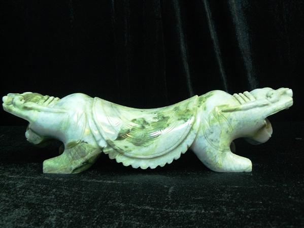 jade Pillow dragon carving
