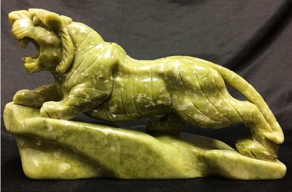 jade tiger carving