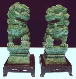 foodog, PAIR OF 8in GREEN JADE FOODOGS