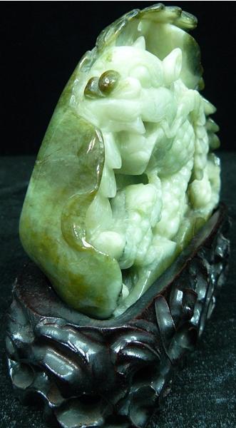 jade dragon carving