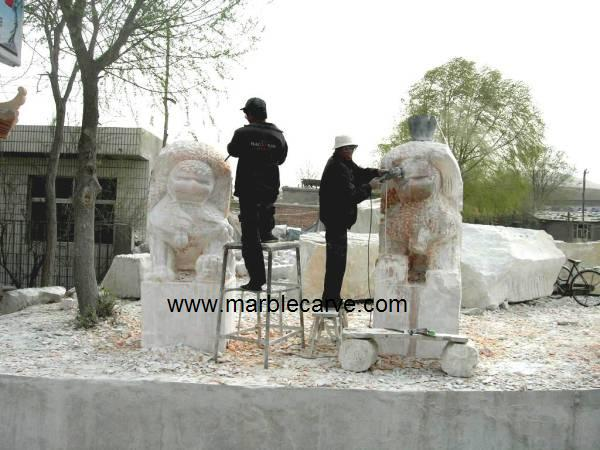 marble foo dog carving
