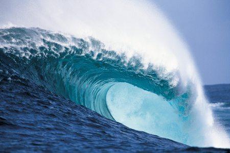 Surf Off Pulau Mentawai